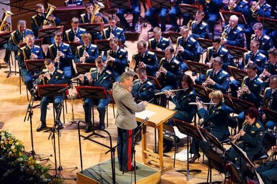 киски принимают дирижеры военных оркестров россии малышки любят полное